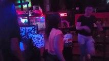 Mexique: Un homme entre et ouvre le feu dans une boîte de nuit de la cité balnéaire Playa del Carmen