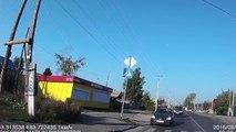 Crazy car crashs. Compilation of idiot drivers. Funny video of stupid drivers crashing cars!