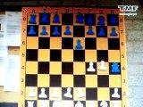 Soumia gaat schaken (TMF)