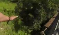 La chute terrible du cycliste Joaquim Rodriguez qui passe par-dessus une glissière de sécurité !