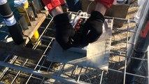 Installation du feu d'artifice pour la haie d'honneur du Vendée Globe