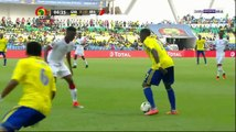 Denis Bouanga hits the crossbar for Gabon vs. Burkina Faso - 18.01.2017