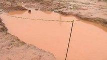 Criança de quatro anos morre afogada após cair em cratera