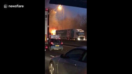 Lorry on fire on M25 during morning rush hour