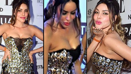 Gizele Thakral Hot Boob Show In Transparent Dress | Elle Fashion Event