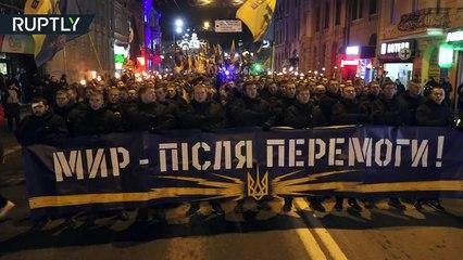 'Death to the enemies!' - Ultra-nationalist Azov battalion stages torch-lit march in Kharkov, Ukraine-fGehJt64Q_M
