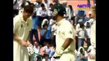 Biggest Cricket Fights between India and Australia - Downloaded from youpak.com