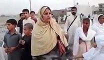 Women Blast On PM Nawaz Sharif Over His Corruption Scandals