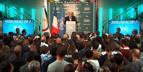 François Asselineau explique le programme d'Emmanuel Macron en 1mn