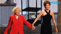 """Betty White Post Calls Mary Tyler Moore """"Special"""""""