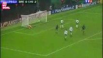 Le coup franc hallucinant de Juninho face au Werder Brême