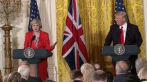 Theresa May invites Trump to the UK to visit the Queen