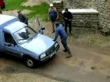 Combat de rue entre paysans