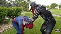 Человек-паук против Венома удовольствие Супергеройское сражение в реальной жизни   фильм супергерой!