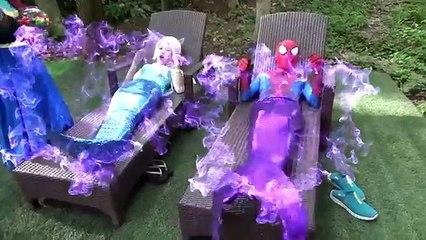 siêu nhân nhện và công chúa esla: người nhện và công chúa với những giấc mơ lạ