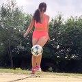 Sexy Girl has Football Skill - Amazing Freestyle Football Skill 2017