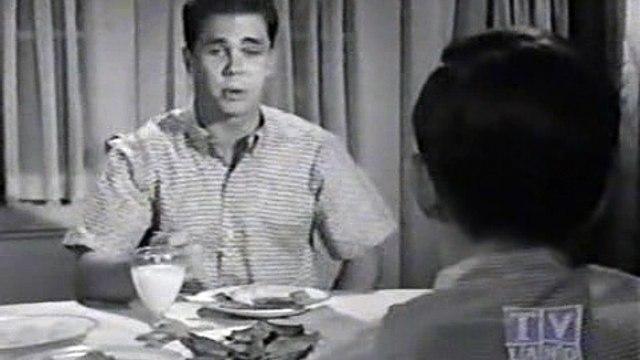 Leave It To Beaver - S06E13 - Beaver's Autobiography