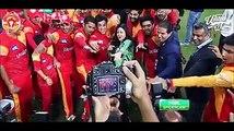 Cricket jorray Pakistan! Cricket se united Pakistan!