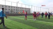 Şanlıurfa Protokolü Cezaevinde Çim Saha Açılışını Yaptı