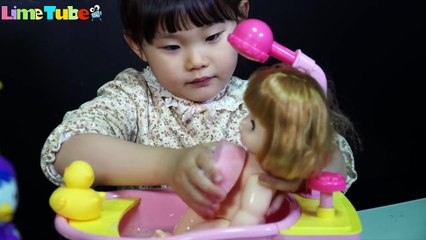 Lime's sister? Toritori Baby Doll Care Bath Shower Toothbrush Poop LimeTube&Toy