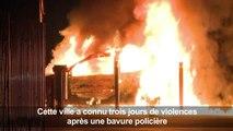 Aulnay-sous-Bois: une voiture incendiée à Aulnay-sous-Bois
