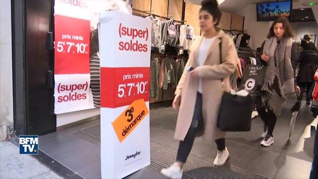 Shopping: de plus en plus de Françaises repèrent en magasins… mais achètent sur Internet