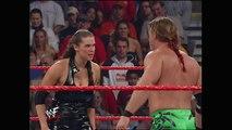 WWE Stephanie McMahon vs Triple H - Triple H beat Stephanie McMahon