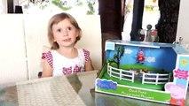 СВИНКА ПЕППА НОВЫЕ СЕРИИ грушки Свинка Пеппа Детская площадка пруд с утками - распаковка игрушки