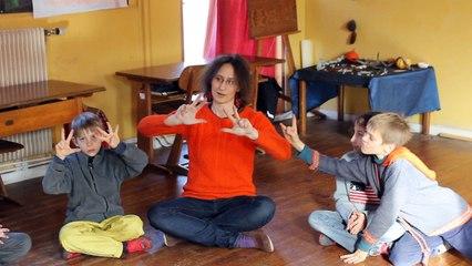 Cours d'anglais à l'école Steiner de Saint-Menoux