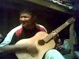 Carcelero guitarrista Fångvaktare Geôlier guitariste Gefängniswärter Gitarrist Carceriere  Jailer  guitar player  Asia musique Asie  Asie Clips مقاطع آسيا  Klip Asia एशिया क्लिप्स  ایشیا کلپس  видео  video فيديو वीडियो  วีดีโอ bhidio