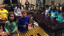 Led Zeppelin joué par 25 enfants à l'école : xylophones et batterie !