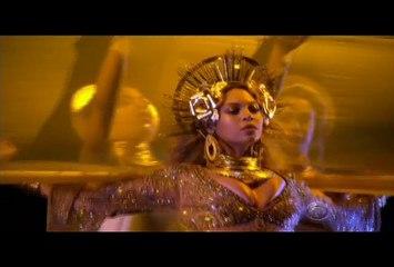 Beyoncé Performs At The Grammys awards 2017