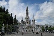 TOURISME : Lourdes ( France ) - Santuário de Lourdes na França