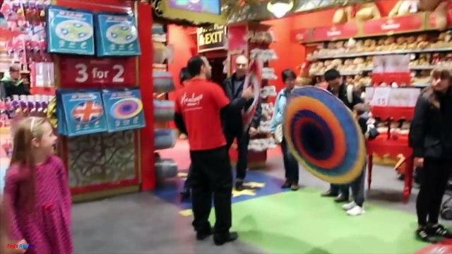 Juguete de Caza En Hamleys La Tienda de Juguetes más Grande En El Mundo Shopkins MLP Juguete Juguete Sorpresa Fre