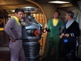 Lost In Space S03 E2  Visit To A Hostile Planet