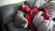 Spiderman vs Zombie Spiderman   Orbeez Bath Time SuperHero fun in Real life!  ) - Y
