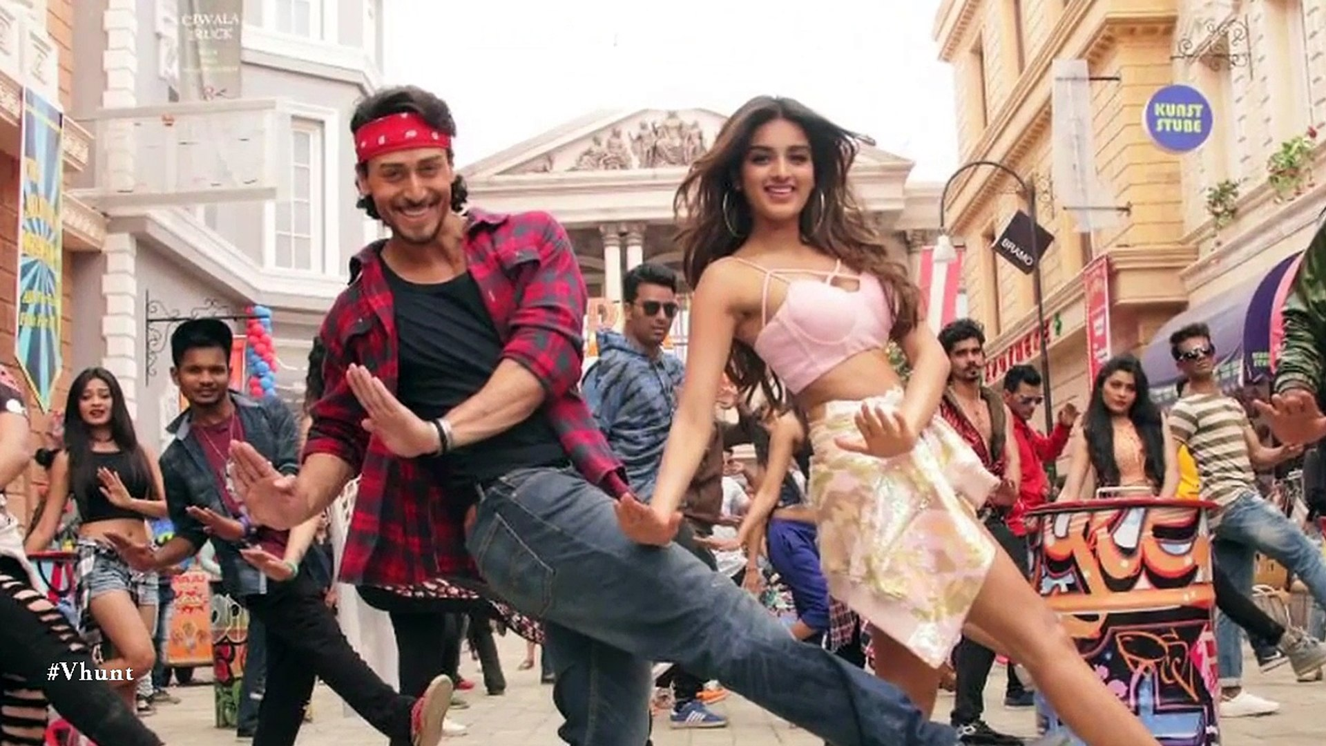 'Munna Michael': Tiger Shroff Pays Tribute To Father Jackie Shroff in New Song