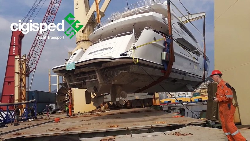CIGISPED YACHT TRANSPORT 2016 - Imbarco Yacht 37 mt. per Dubai