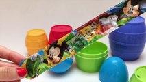 Aprender los Colores con la Anidación de Apilamiento de Vasos en inglés Huevos Sorpresa Aprender Tamaños con Play Doh