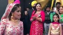 Best Bride and Groom Dance on Wedding Reception   Punjabi Wedding Dance   Indian Wedding Dance   Bollywood Dance