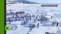 En patins à glace et en vélo, ils ont bravé la «Tempête glaciale» de 205 km sur le lac Baïkal