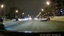 Un terrible accident sur une autoroute à Kazan : la voiture fait plusieurs tonneaux