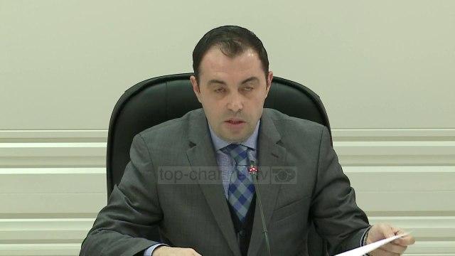 KQZ: U hiqet mandati Roshit, Selamit dhe Tahiri - Top Channel Albania - News - Lajme