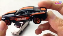 HOT WHEELS, 13 Chevrolet Copo Camaro vs TOMICA Fiat 500 | Kid de Coches de Juguetes Videos HD de Collec