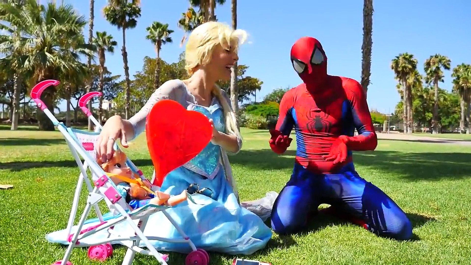 Злой Человек-Паук против замороженные обувь Эльза Анна детские магическое заклинание Вт гигантские конфеты, Халк мороженое