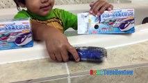 Surprise Toys in Bath Disney Toy Story Japanese Bath Balls Finding Dory Nemo Wat