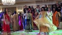 ISHQ DA LAGYA ROG WEDDING MUJRA DANCE 2016 - PAKISTANI WEDDING MUJRA