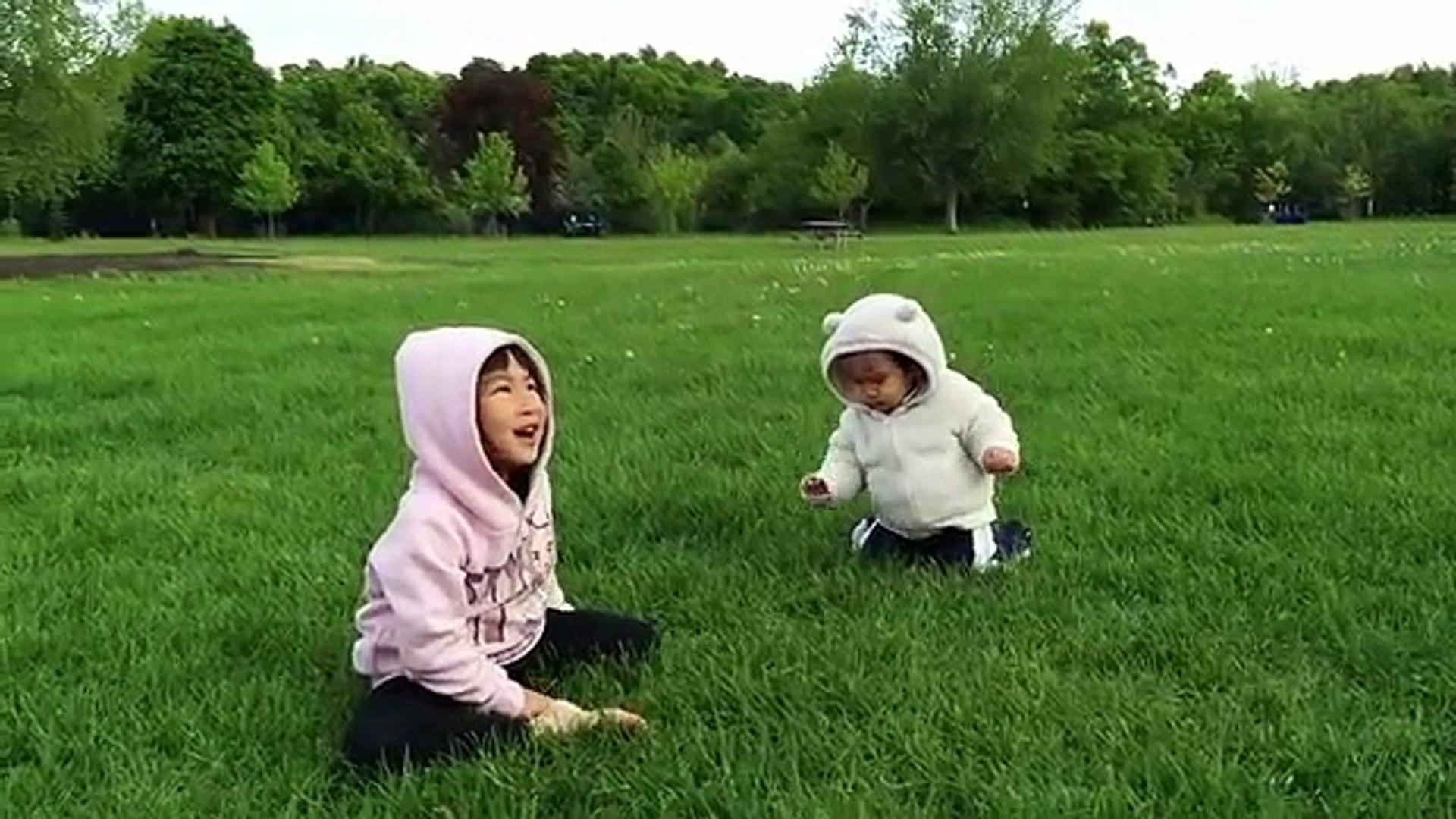 Funny baby videos - Cute baby videos - Funny Kids Videos