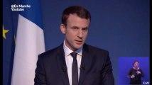 """Macron vise Fillon en présentant une """"stratégie de moralisation de la vie publique"""""""