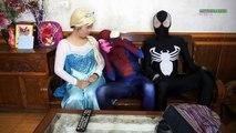Замороженные elsa и Человек Паук Веном тролль током шалость! Забавный Фильм Супергерой В Реальной Ли